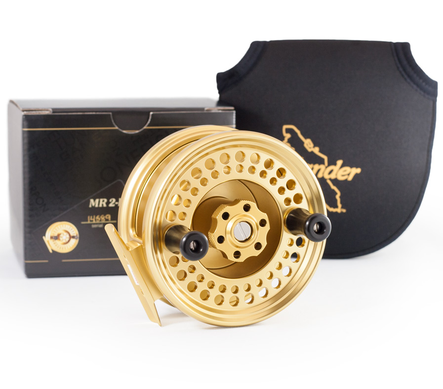 MR2LA reel with box and pouch